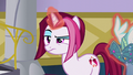 Posh Pony raises her brow at Rarity S5E14.png