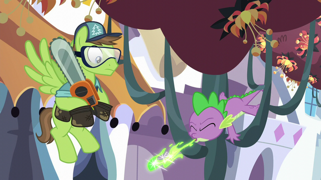 File:Spike sneezes green fire S5E10.png