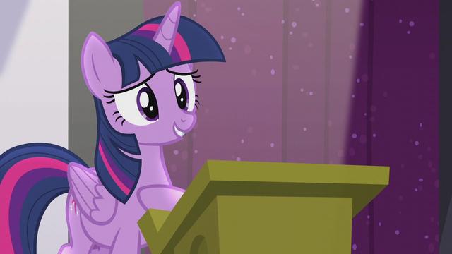 File:Twilight hears a single clap S5E25.png