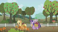 Applejack and Twilight S01E03