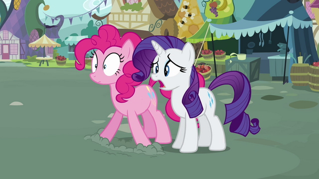 File:Rarity and Pinkie gasp at Fluttershy S2E19.png