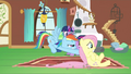 Rainbow Dash pushing Fluttershy S2E21.png