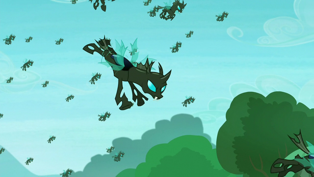 File:The changelings flying S5E26.png