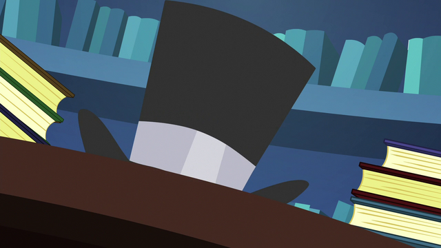 File:Twilight turns inkwell into a top hat S6E21.png
