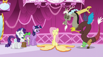 Orange Fluttershy peels off S5E22