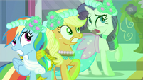 Rarity freak out S2E26