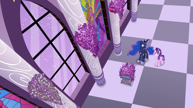 File:Starlight Glimmer and Luna in the lavender hall S7E10.png