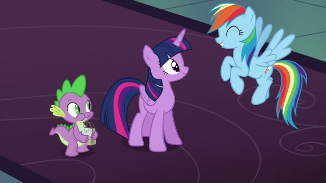 File:Twilight, Rainbow, and Spike happy together S6E8.png