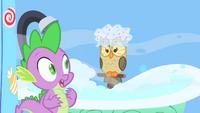 Owlowiscious taking a bath S1E24.png
