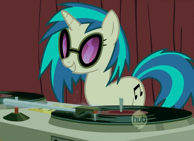 File:FANMADE DJ Pon-3 color corrected.png