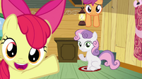 CMC looking at Babs Seed S3E04