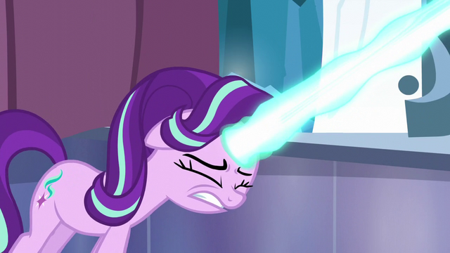 File:Starlight Glimmer shoots her magic beam S6E2.png