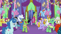 Twilight Sparkle enters the throne room S7E1.png