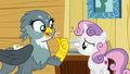 "Gabby ""Rainbow Dash asked me to pick up"" S6E19.png"