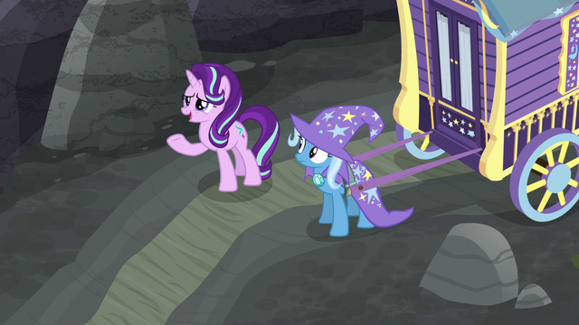 """File:Starlight """"just another pony in the crowd"""" S6E25.png"""
