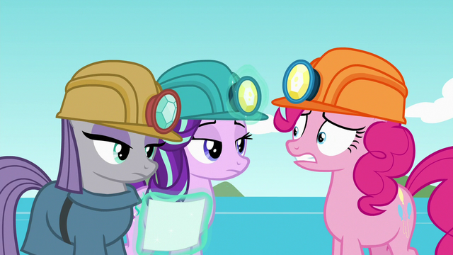 File:Starlight getting more annoyed with Pinkie S7E4.png