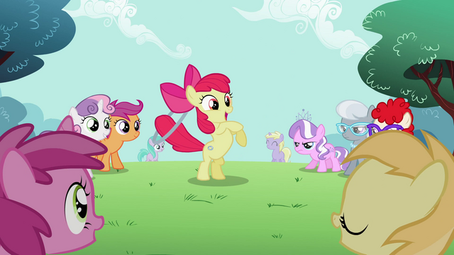 File:Apple Bloom has the hoop in her tail S2E06.png
