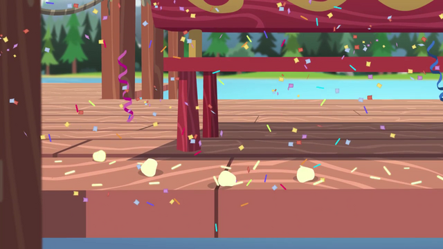 File:Marshmallows on the dock start to glow EG4.png