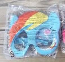 File:McDonald's Rainbow Dash mask.jpg