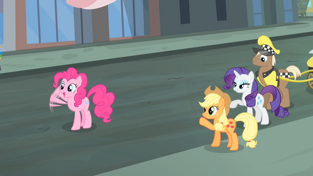 File:Rarity and friends waving their hooves S4E08.png
