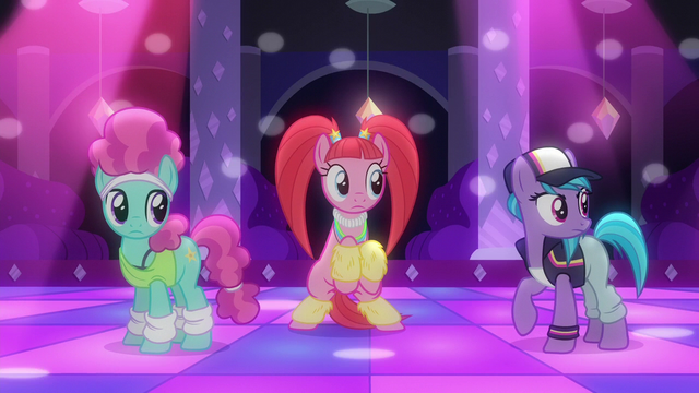 File:Club ponies hear the music being changed S6E9.png