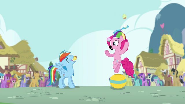 File:Pinkie Pie throws cupcake into Rainbow's mouth S4E12.png