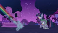 Rainbow flies away from Twilight and Spike S6E15