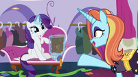 "Sassy Saddles ""I'm sure she'd love that"" S7E6"