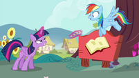 Twilight levitates the straw out of Rainbow's mouth S4E21