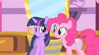Twilight and Pinkie Pie nervous S1E20