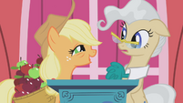 Applejack on stage with Mayor Mare S1E04