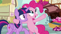 "Pinkie Pie ""all the way from Las Pegasus"" S7E14.png"