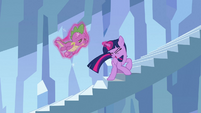 Twilight 'Hold on to me' S3E2
