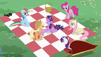 Twilight Sparkle putting hoof on Applejack S2E03