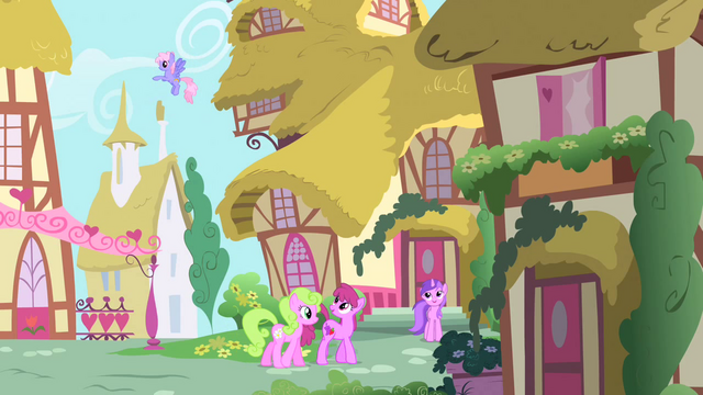 File:Beautiful Day in Ponyville S1E25.png