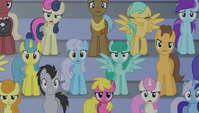 Crowd shocked at Spike's singing 3 S4E24