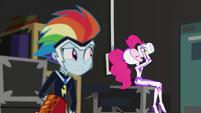 Rainbow watches Pinkie chug more pudding EGS2
