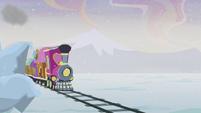 Friendship Express speeds down the tracks S5E20