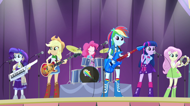 File:Rainbooms playing Shake Your Tail on stage EG2.png