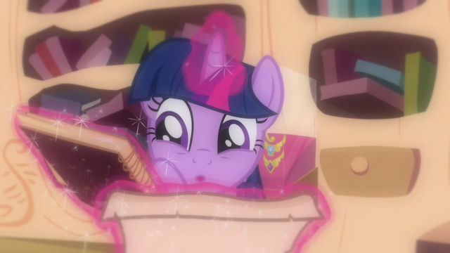 "File:Twilight really excited ""ooh!"" S03E13.png"