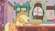 Applejack sleeping S01E04.png