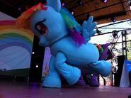 Rainbow Dash in Kidmodo MLP Live