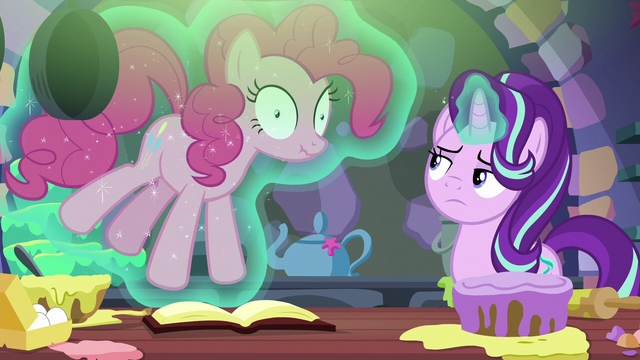 File:Starlight uses magic to stop and silence Pinkie S6E21.png