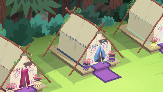 File:Overhead shot of the Sapphire Tent EG4.png