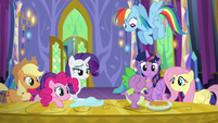 Spike stuffs his face with pancakes S5E3