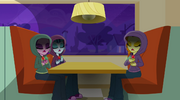 The Dazzlings vocalizing in the corner booth EG2.png