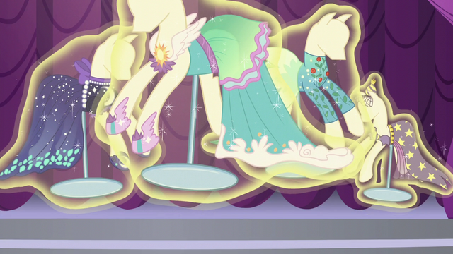File:Mannequins being levitated S5E14.png