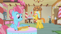 Mr. and Mrs. Cake working S1E10