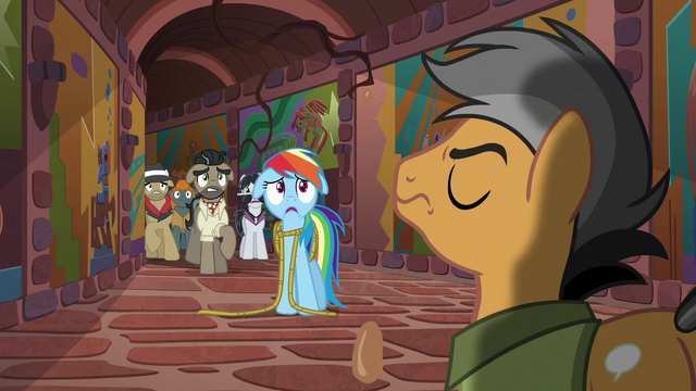 File:Rainbow and Caballeron frightened S6E13.png