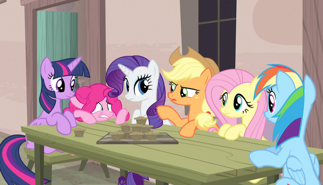 "File:Applejack ""what the hay is goin' on round here"" S5E1.png"